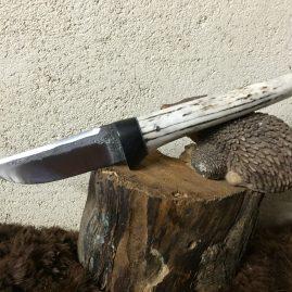 Petite dague ébène et bois de cerf