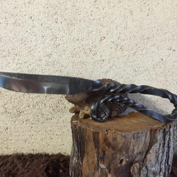 Couteau forgé acier ressort
